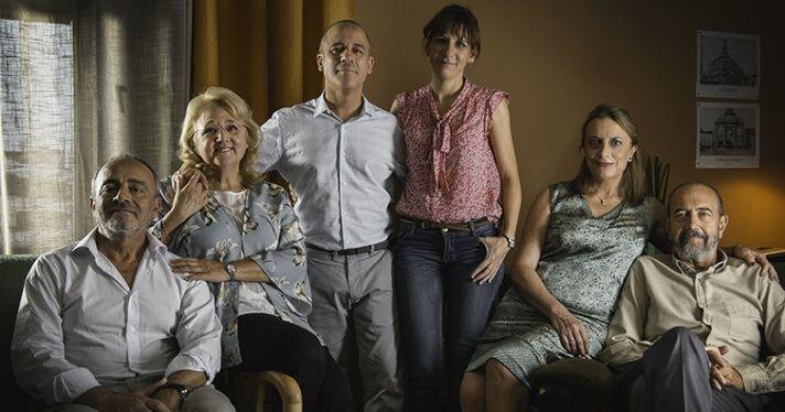 Actores y personajes principales de 'Vergüenza' en Movistar+