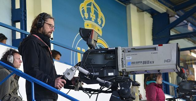Si buscas un curso de formación en audiovisual, quizá tu futuro es operador de cámara