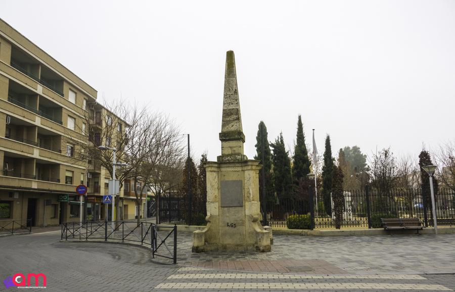 La Roda-Obelisco inaugurado el 12-X-27-6