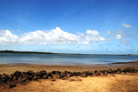 Walking by the sea between Lamu and Shella