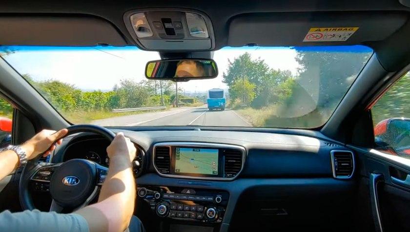puesto-conducción-kia-sportage