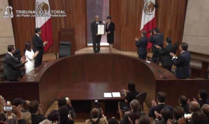 López Obrador en el Tribunal Electoral del Poder Judicial de la Federación