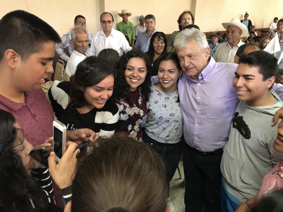 ¿Eres joven y quieres registrarte al programa de becas de Obrador?. Aquí te decimos como