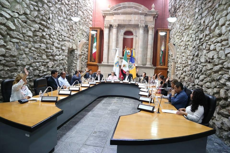 Año de Hidalgo: Regidores del PRI autorizan nueva nómina municipal