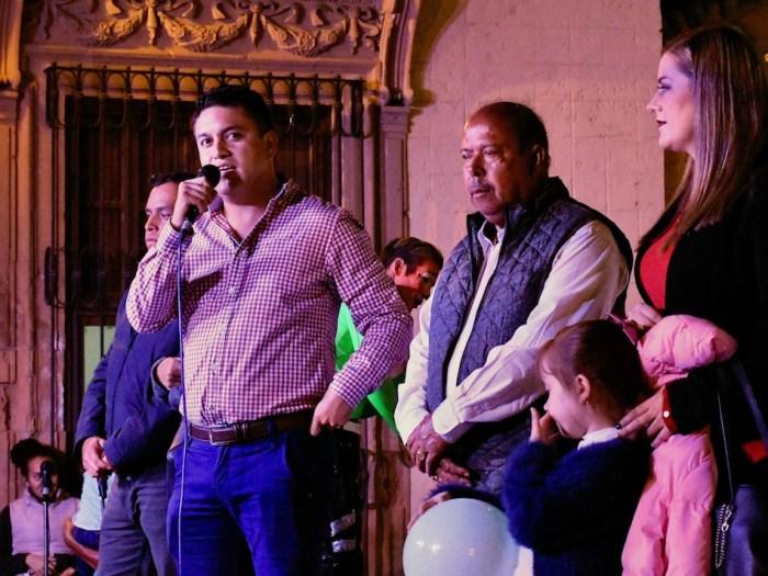 Tecutli Gómez en el festejo de Día de Reyes