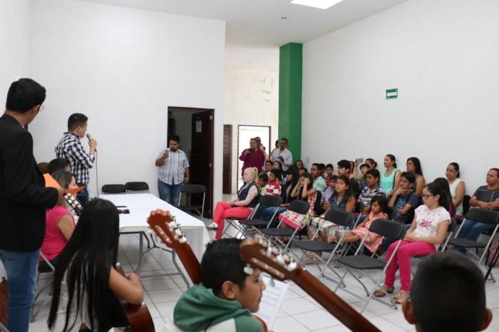 Instrumentos musicales del programa ECOS para niños de Lagos de Moreno