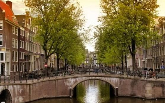 amsterdam2_2516696b