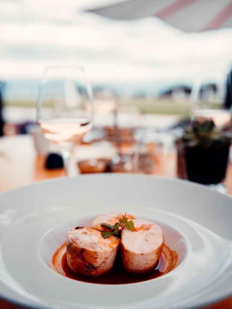 plat restaurant hotel royal