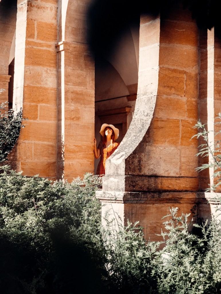 cloitre basilique paray le monial