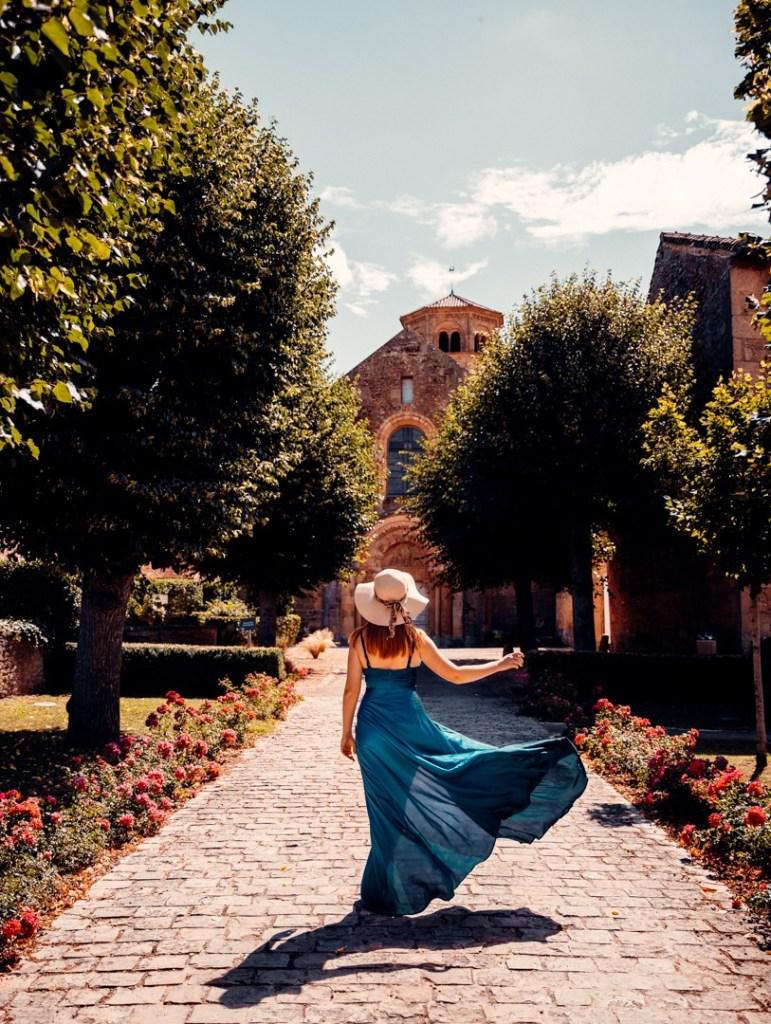 route eglise romane bourgogne