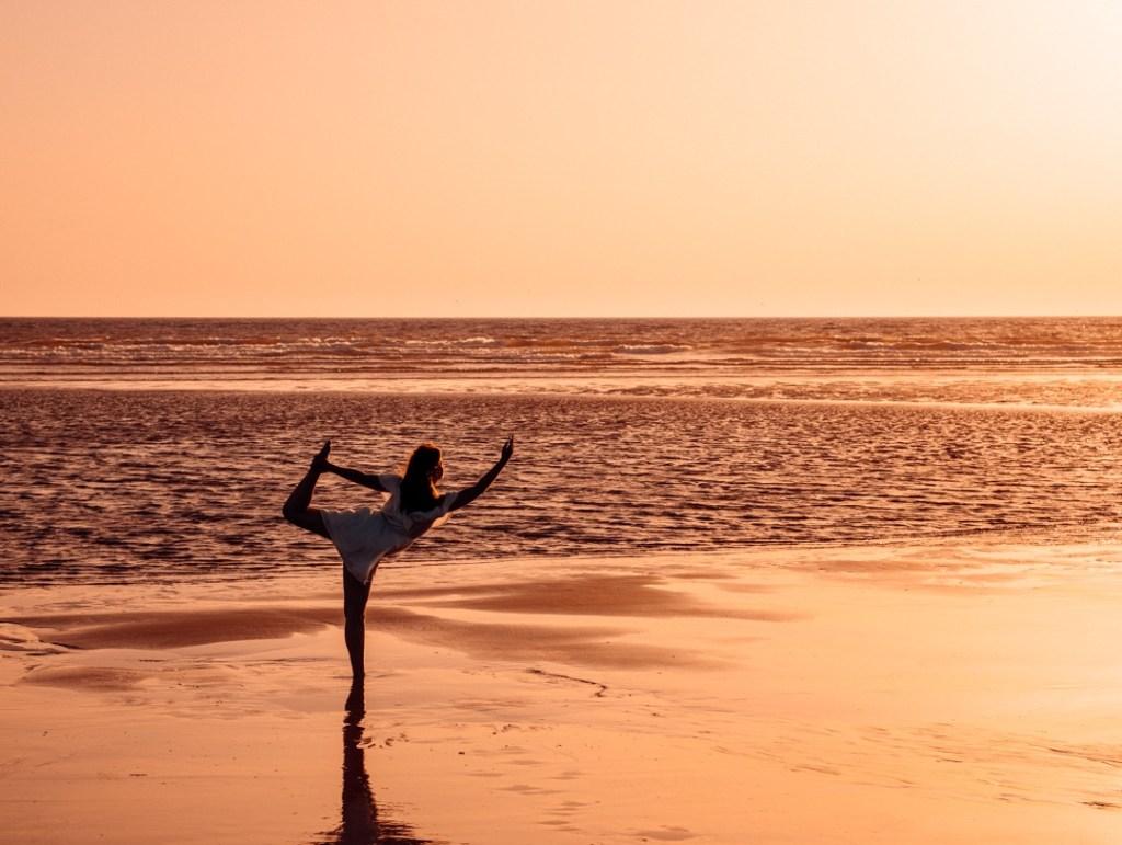 coucher de soleil yoga