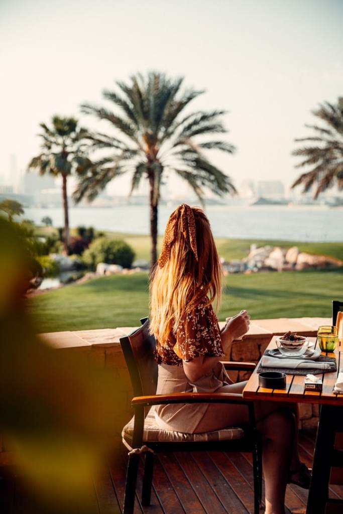 lakeview restaurant park hyatt dubai