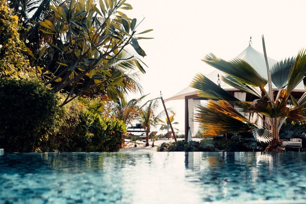 piscine al hamra beach