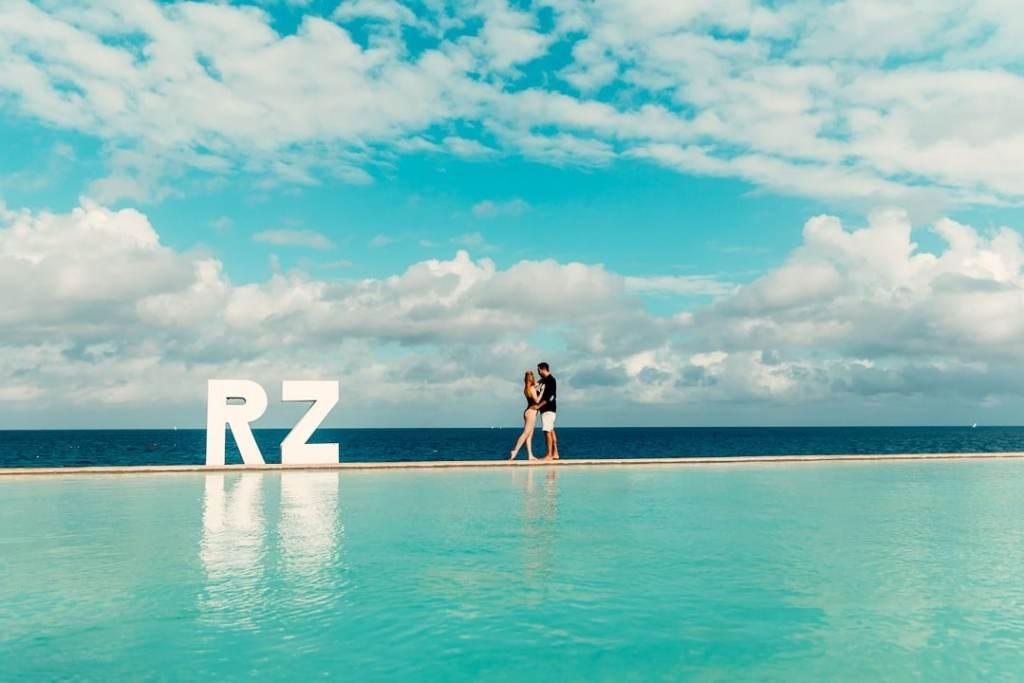 infinite pool royal zanzibar