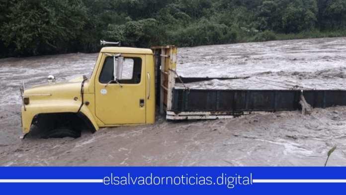 ¡El Salvador en Alerta! fuertes lluvias azotan todo el territorio