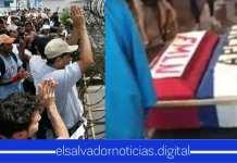 En medio de protestas, ciudadanos queman féretro forrado de banderas de partidos políticos como muestra de repudio hacia ellos