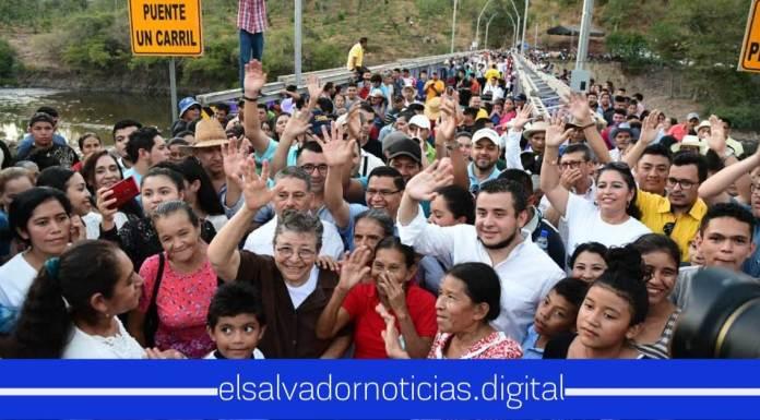 María Chichilco reitera el amor y compromiso que tiene al pueblo salvadoreño