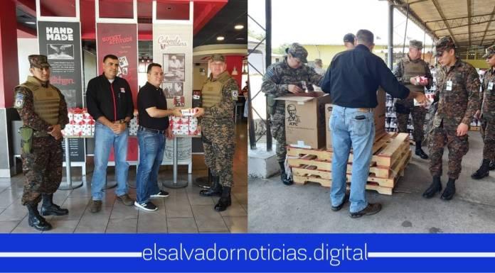 Fuerza Armada es recompensada por KFC por su arduo trabajo que está haciendo por todos los salvadoreños en cuarentena
