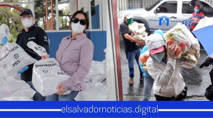 Aún bajo la lluvia Gobierno del Presidente Bukele no se detiene con la entrega de paquetes alimenticios para familias salvadoreñas