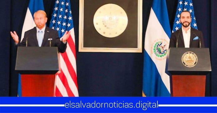 Embajador Johnson desmiente a los panfletos tras difundir noticias falsas a los salvadoreños sobre los ventiladores