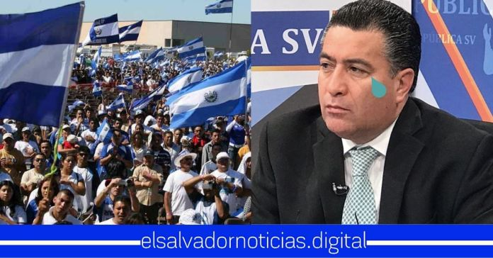 Salvadoreños exigen que #NOLESPAGUEN salario a los diputados por corruptos