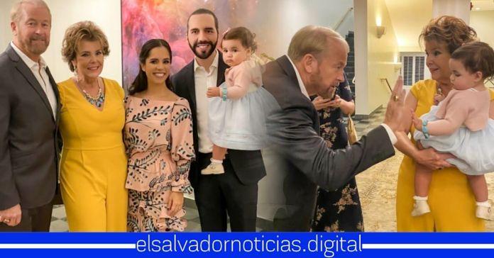 Familia Presidencial celebra junto al Embajador Ronald Johnson y su esposa, sus 40 años de matrimonio