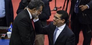 Raúl Melara comienza a hacerles la campaña política a los diputados, presentando 17 casos abiertos, acuerpado por los diputados.