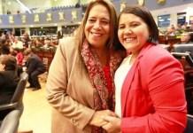 FMLN se queja de la vacuna del COVID19, pero entregaron Acetaminofen para todas las epidemias, Cristina Cornejo es una opositora de la salud