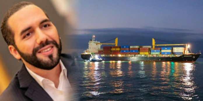 Nuevo buque llega a El Salvador con contenedores repletos de alimentos para abastecer a las familias salvadoreñas