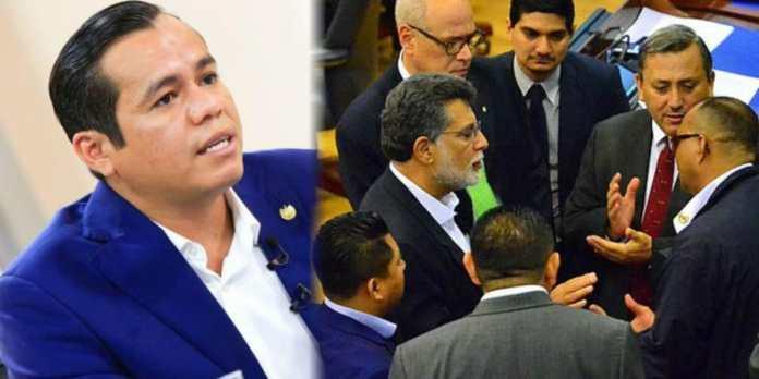 ARENA y FMLN manipulan la Corte de Cuentas para lograr quitar a Ministro de Hacienda y así acabar con los jueves de evasores