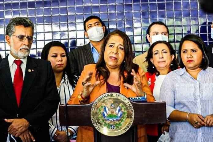 FMLN dice que si el pueblo le da otra oportunidad, se comprometen a renunciar a todos sus privilegios y gastos excesivos en viajes