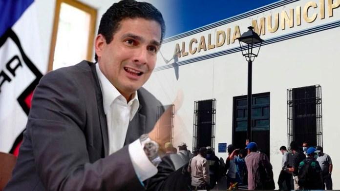 Roberto D'aubuisson no cumple la sentencia de reinstalar a trabajadores de la alcaldía luego que el juzgado diera un ultimátum