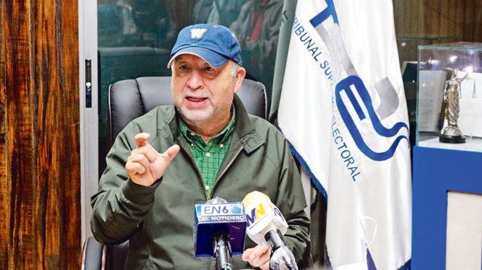 Inician investigación contra el magistrado de ARENA en el TSE por corrupción