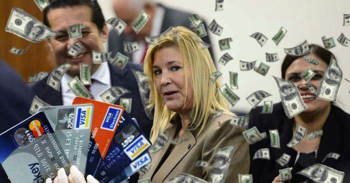 Exprimera Dama de ARENA, sustrajo fondos públicos para cancelar elevadas deudas de sus tarjetas de crédito