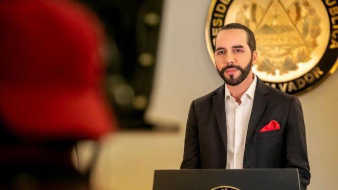 Presidente anuncia que a partir de hoy, personas con VIH, trabajadores de farmacias y laboratorios clínicos ya pueden sacar cita para aplicarse vacuna contra el COVID-19