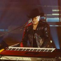 Bronco con Illya Kuryaki and The Valderramas: Sergio el Bailador Coolo Medley En Vivo