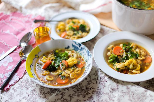 Mushroom Tortellini and Vegetable Soup