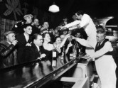 sloppy-joe-s-bar-in-downtown-chicago-after-the-repeal-of-prohibition-december-5-1933_i-g-37-3725-rjsaf00z
