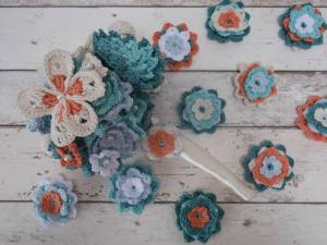 Crochet wedding bouquet and buttonholes