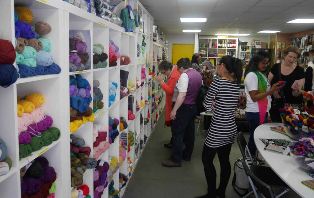 Great London Yarn Crawl in I Knit shop