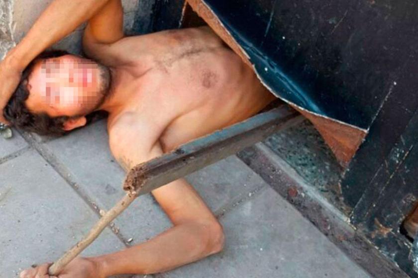 Ladrones huyeron, pero un complice quedó atascado en una puerta y lo atraparon
