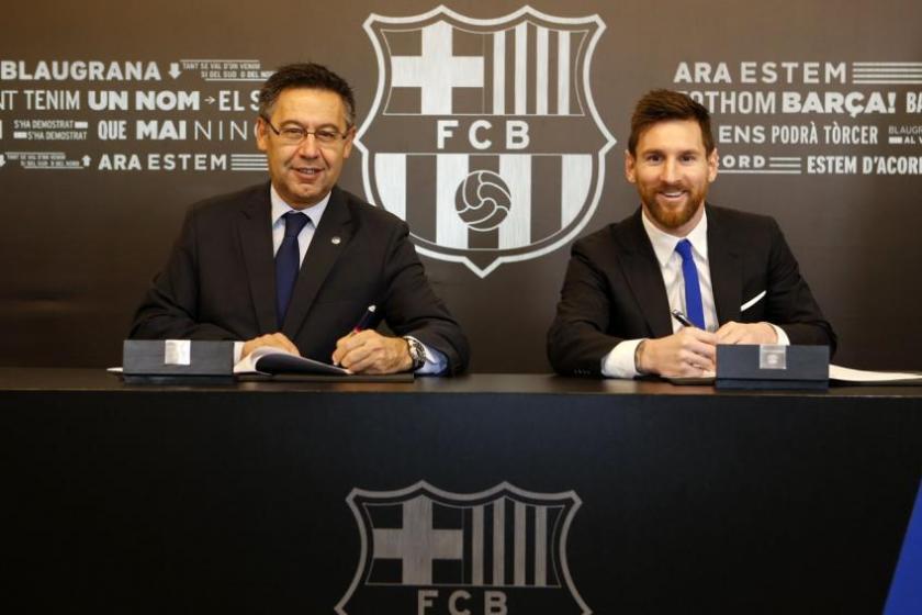 Messi renovó con Barcelona con una claúsula de 700 millones de euros