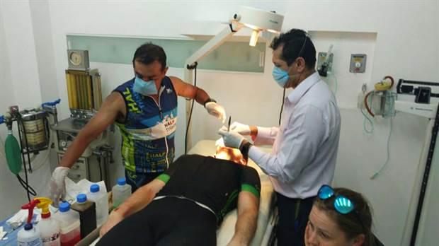 Hoy sera premiado el atleta tucumano  que es cirujano y que le reconstruyó la cara a un rival durante una carrera