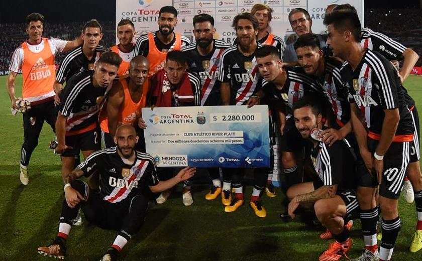 Atlético Tucumán jugará la Libertadores 2018 y definirá la final de la Copa Argentina con River