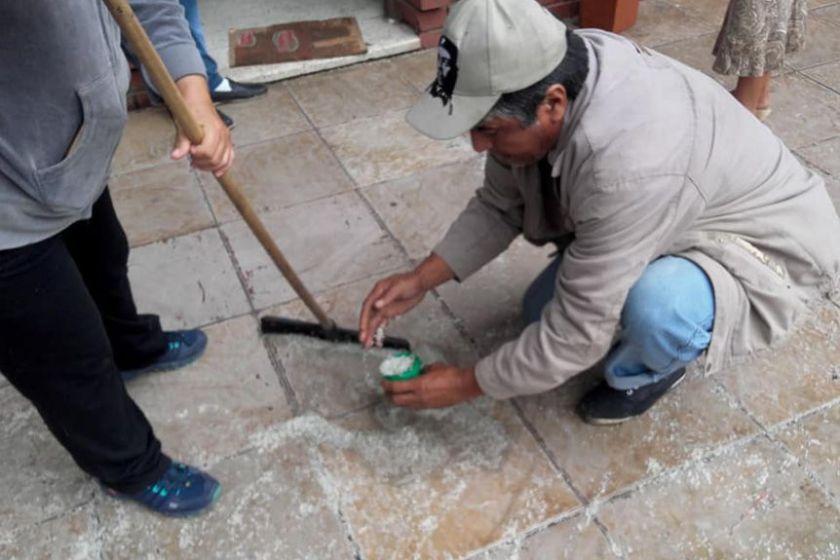 En Salta es tal la miseria que la gente junta el arroz del registro civil para tener algo para comer