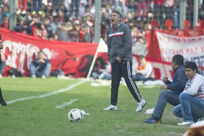 Cagna confirmó que seguirá como director técnico de San Martín