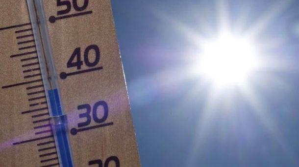 Con mucho sol la temperatura hoy alcanzaría los 36°C