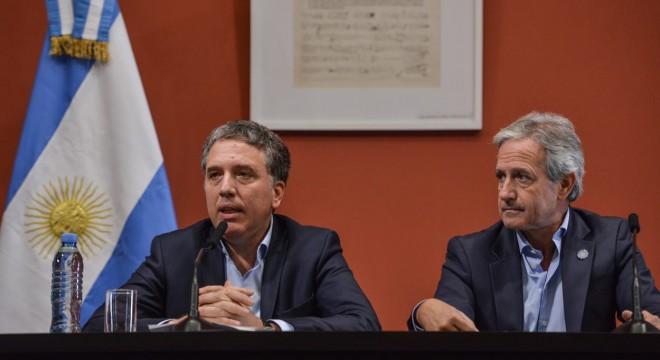 EL ministro Dujovne anunció un recorte de 20 mil millones: frenan los ingresos al Estado por dos años