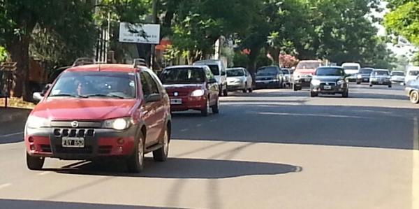 A partir de hoy es obligatorio el uso de luces bajas en San Miguel de Tucumán