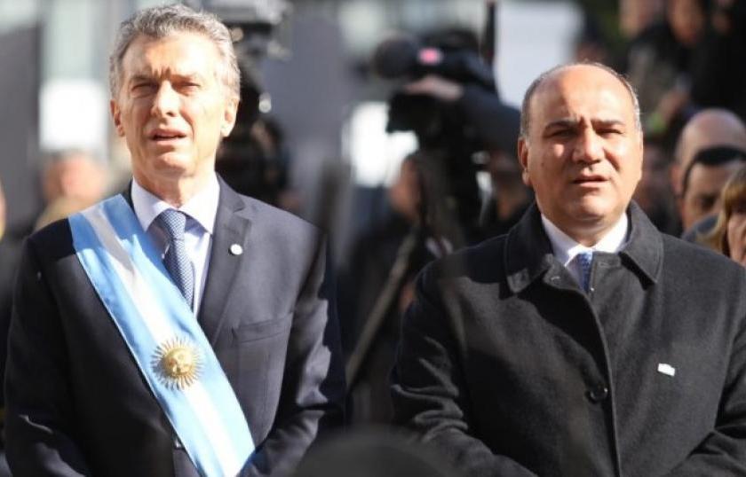 Alfaro fue critico con la breve visita de Macri